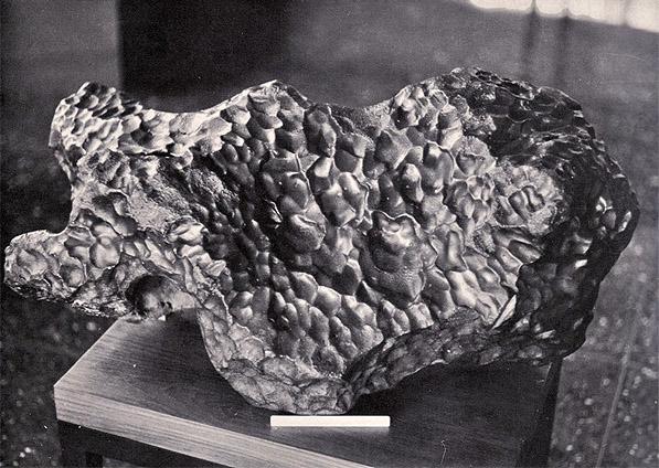 Gibeon iron meteorite Lichtenfels mass